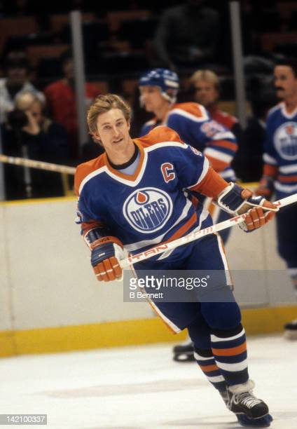 Wayne Gretzky of the Edmonton Oilers skates on the ice during warm ups before the game against the New York Islanders on January 15 1984 at the...