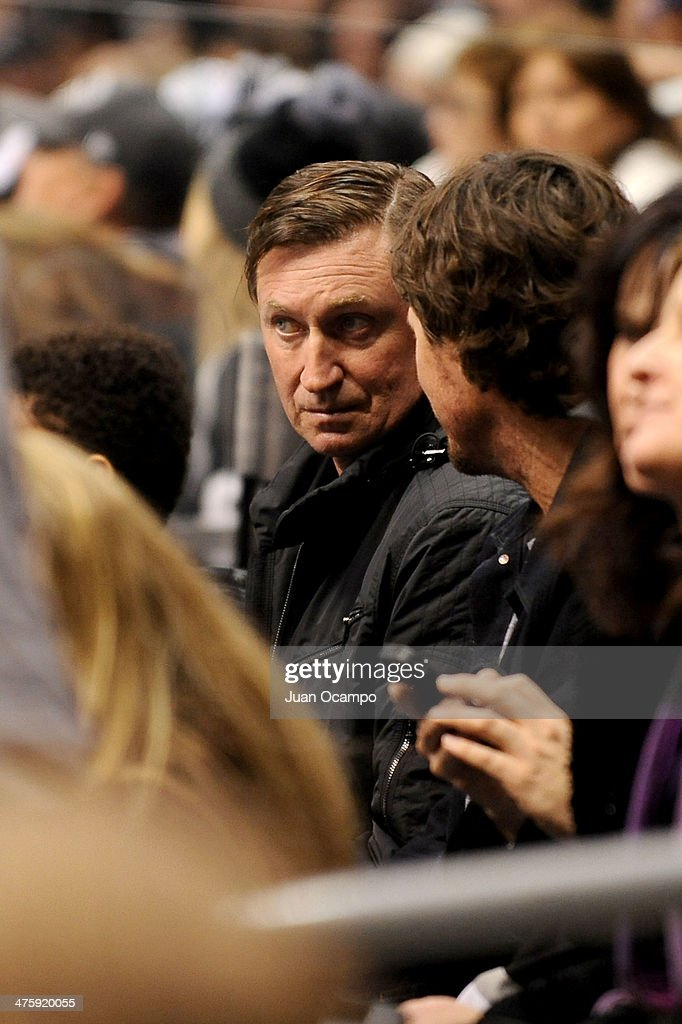Wayne Gretzky watches the game between the Los Angeles Kings and the Carolina Hurricanes at Staples Center on March 1, 2014 in Los Angeles, California.