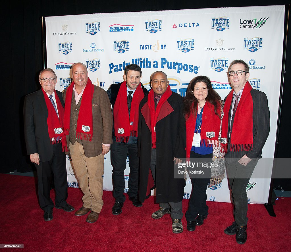 Wayne Kostroski, <a gi-track='captionPersonalityLinkClicked' href=/galleries/search?phrase=Andrew+Zimmern&family=editorial&specificpeople=4525179 ng-click='$event.stopPropagation()'>Andrew Zimmern</a>, Adam Richman, Daymond John, Alex Guarnaschelli and <a gi-track='captionPersonalityLinkClicked' href=/galleries/search?phrase=Ted+Allen&family=editorial&specificpeople=204146 ng-click='$event.stopPropagation()'>Ted Allen</a> arrive at Brooklyn Cruise Terminal on February 1, 2014 in New York City.