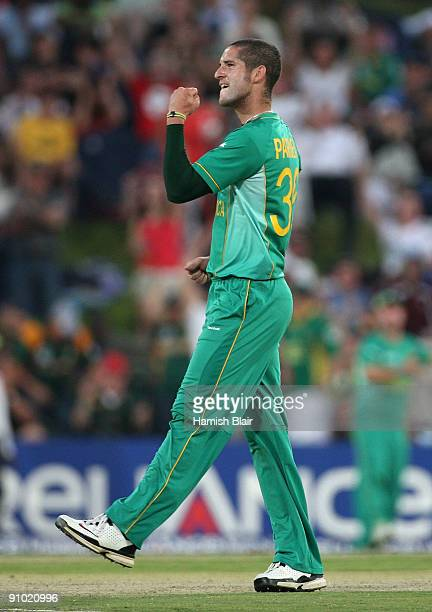 Wayne Parnell of South Africa celebrates the wicket of Thilan Samaraweera of Sri Lanka during the ICC Champions Trophy Group B match between South...