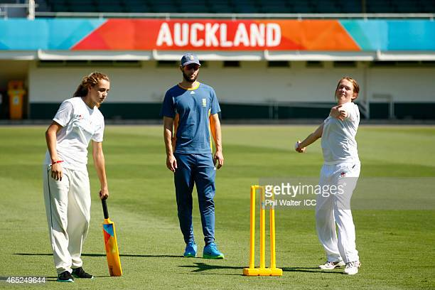 Wayne Parnell of South Africa watches over the fielding team during a Charity Training and Coaching Session at Eden Park 2 on March 5 2015 in...