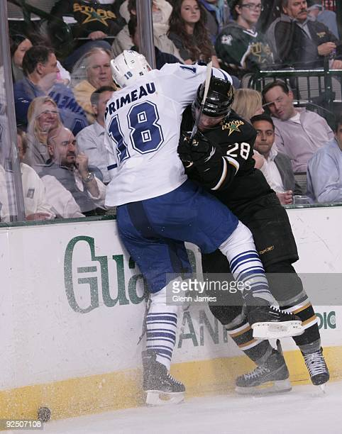 Wayne Primeau of the Toronto Maple Leafs battles for position against Mark Fistric of the Dallas Stars on October 28 2009 at the American Airlines...
