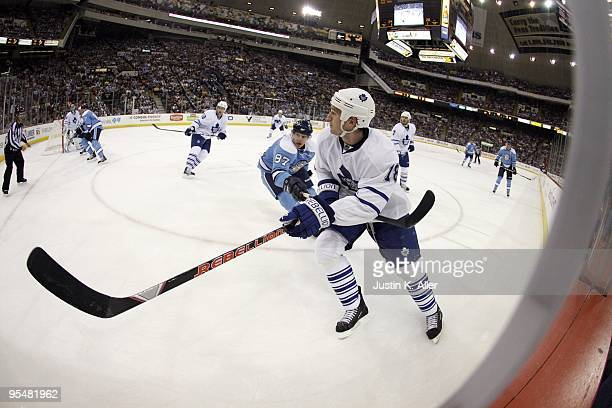 Wayne Primeau of the Toronto Maple Leafs skates against the Pittsburgh Penguins at Mellon Arena on December 27 2009 in Pittsburgh Pennsylvania...