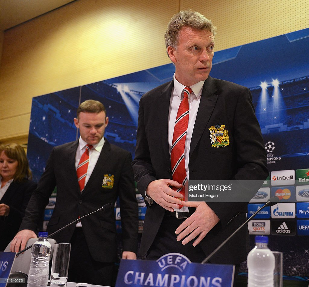 Wayne Rooney and manager David Moyes arrive at the Manchester United press conference at Karaiskakis Stadium on February 24, 2014 in Piraeus, Greece.