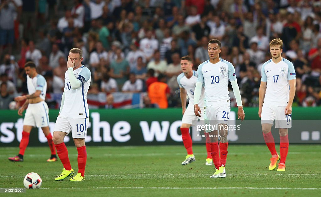 <a gi-track='captionPersonalityLinkClicked' href=/galleries/search?phrase=Wayne+Rooney&family=editorial&specificpeople=157598 ng-click='$event.stopPropagation()'>Wayne Rooney</a>, <a gi-track='captionPersonalityLinkClicked' href=/galleries/search?phrase=Dele+Alli&family=editorial&specificpeople=9976958 ng-click='$event.stopPropagation()'>Dele Alli</a> and <a gi-track='captionPersonalityLinkClicked' href=/galleries/search?phrase=Eric+Dier&family=editorial&specificpeople=9440610 ng-click='$event.stopPropagation()'>Eric Dier</a> of England show their dejection after Iceland's second goal during the UEFA EURO 2016 round of 16 match between England and Iceland at Allianz Riviera Stadium on June 27, 2016 in Nice, France.