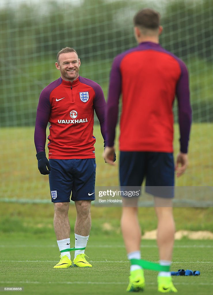 <a gi-track='captionPersonalityLinkClicked' href=/galleries/search?phrase=Wayne+Rooney&family=editorial&specificpeople=157598 ng-click='$event.stopPropagation()'>Wayne Rooney</a> during an England training session at St Georges Park on May 30, 2016 in Burton on Trent, England.