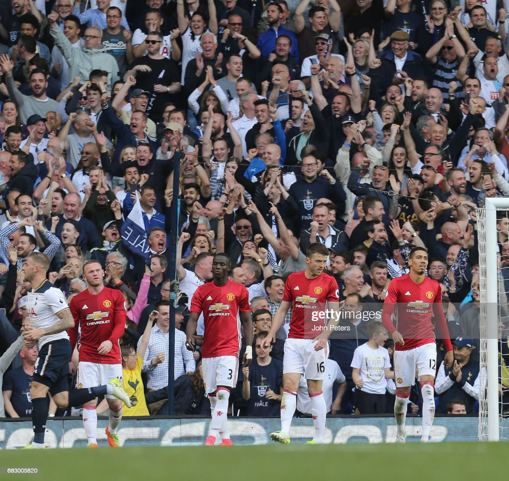 Wayne Rooney, Eric Bailly, Michael Carrick and Chris Smalling of Manchester United react to conceding a goal to Harry Kane of Tottenham Hotspur during the Premier League match between Mancheser United and Tottenham Hotspur at White Hart Lane on May 14, 2017 in London, England.