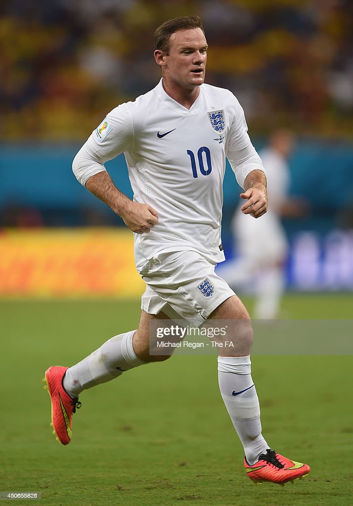 Wayne Rooney of England in action during the 2014 FIFA World Cup Brazil Group D match between England and Italy at Arena Amazonia on June 14, 2014 in Manaus, Brazil.