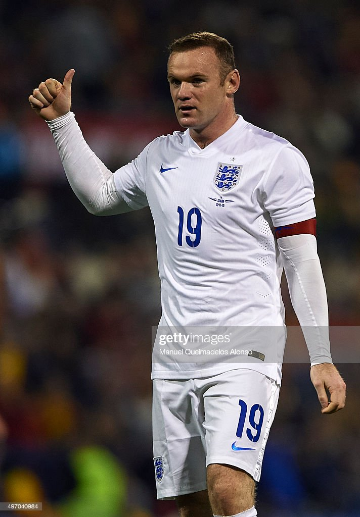 Wayne Rooney of England reacts during the international friendly match between Spain and England at Jose Rico Perez Stadium on November 13, 2015 in Alicante, Spain.