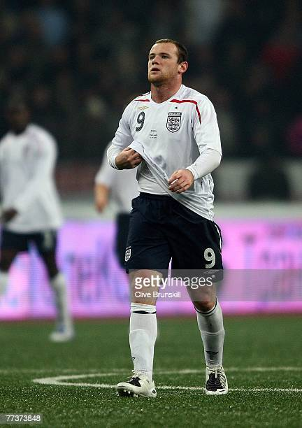 Wayne Rooney of England shows his dejection after giving a penalty away during the Euro 2008 Qualifying match between Russia and England at the...