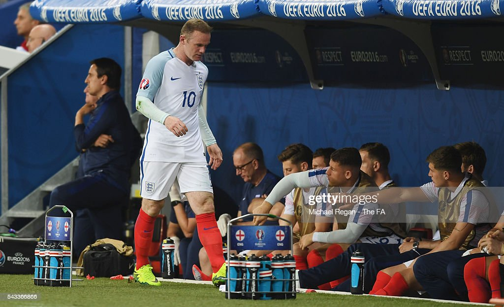 Wayne Rooney of England shows his frustration on the bench after being replaced during the UEFA EURO 2016 round of 16 match between England and Iceland at Allianz Riviera Stadium on June 27, 2016 in Nice, France.