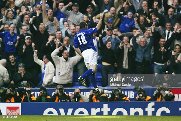Wayne Rooney of Everton celebrates scoring the first goal during the FA Barclaycard Premiership match between Everton and Newcastle United held on...