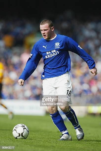 Wayne Rooney of Everton in action during the FA Barclaycard Premiership match between Everton and Blackburn Rovers at Goodison Park on April 24 2004...