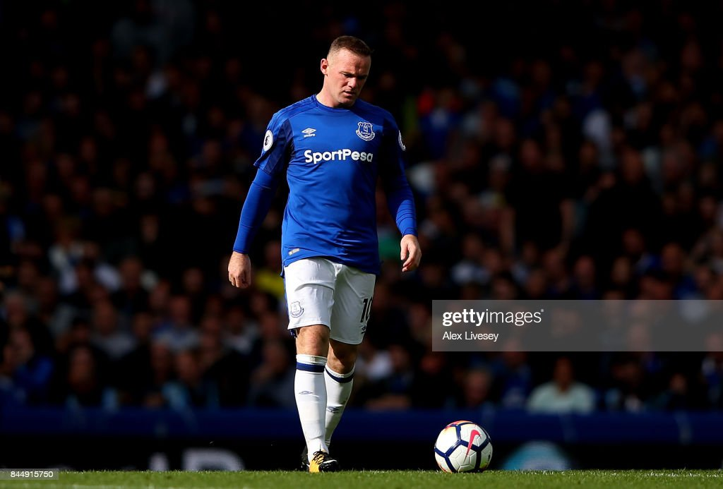 Wayne Rooney of Everton is dejected during the Premier League match between Everton and Tottenham Hotspur at Goodison Park on September 9, 2017 in Liverpool, England.