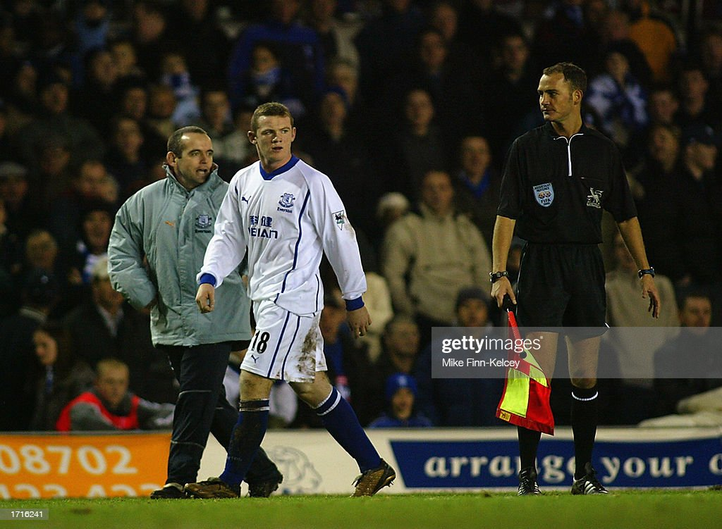 Wayne Rooney of Everton leaving the field after being sent off during the FA Barclaycard Premiership match between Birmingham City and Everton held...