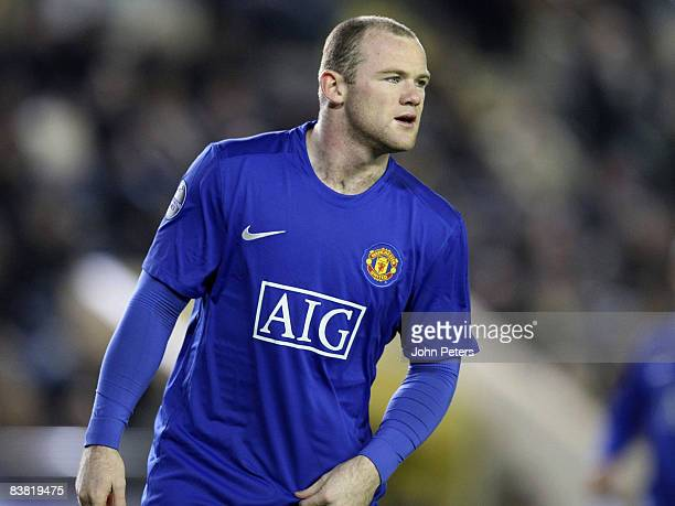 Wayne Rooney of Manchester United in action during the UEFA Champions League Group E game between Villarreal and Manchester United at El Madrigal...