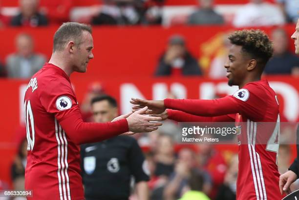 Wayne Rooney of Manchester United is replaced by Angel Gomes during the Premier League match between Manchester United and Crystal Palace at Old...