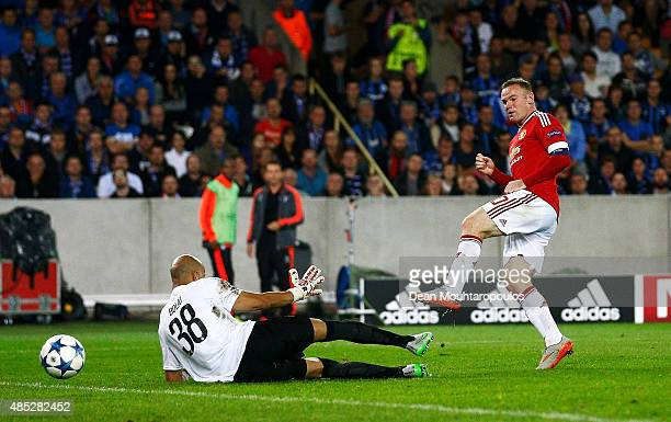 Wayne Rooney of Manchester United scores his hat trick goal during the UEFA Champions League qualifying round play off 2nd leg match between Club...