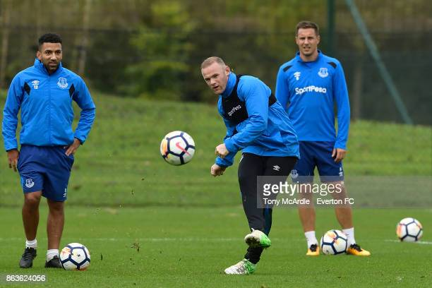 Wayne Rooney Phil Jagielka and Aaron Lennon during the Everton training session at USM Finch Farm on October 20 2017 in Halewood England