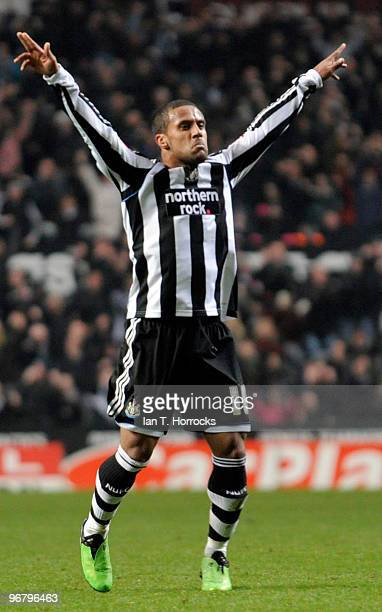 Wayne Routledge of Newcastle United celebrates scoring the equalizing goal during the CocaCola championship match between Newcastle United and...