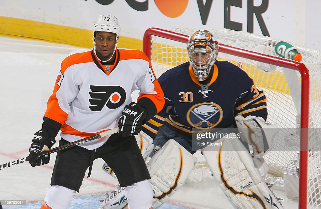 Wayne Simmonds #17 of the Philadelphia Flyers stands in front of Ryan Miller #30 of the Buffalo Sabres at First Niagara Center on January 20, 2013 in Buffalo, United States. Buffalo won 5-2.