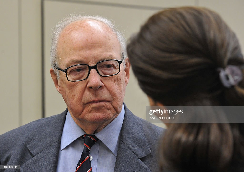 Weapons of Mass Destruction Commission Chairman Hans Blix speaks with a reporter prior to participating in an discussion about Iran's nuclear program sponsored by The National Iranian American Council on Capitol Hill February 21, 2012 in Washington, DC. Blix, former general director of the United Nations International Atomic Energy Agency, was very critical of the United States and the United Kingdom in 2003, saying they overstated the threat of weapons of mass destruction in Iraq. AFP PHOTO/Karen BLEIER