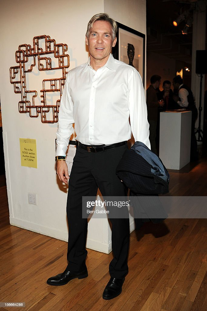 Weather anchor <a gi-track='captionPersonalityLinkClicked' href=/galleries/search?phrase=Sam+Champion&family=editorial&specificpeople=724932 ng-click='$event.stopPropagation()'>Sam Champion</a> attends the 2012 GLAAD Art Auction at Metropolitan Pavilion on November 18, 2012 in New York City.