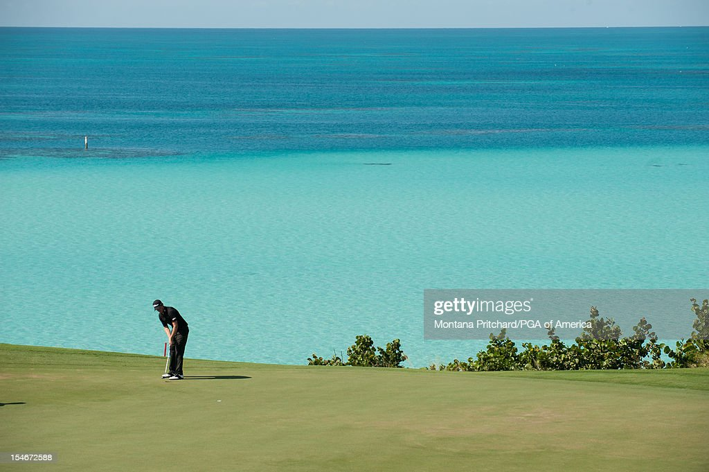 Webb Simpson of the US makes his shot during the final round of play at The Port Royal Golf Club for the 30th Grand Slam of Golf on October, 24, 2012 in Southampton, Bermuda.