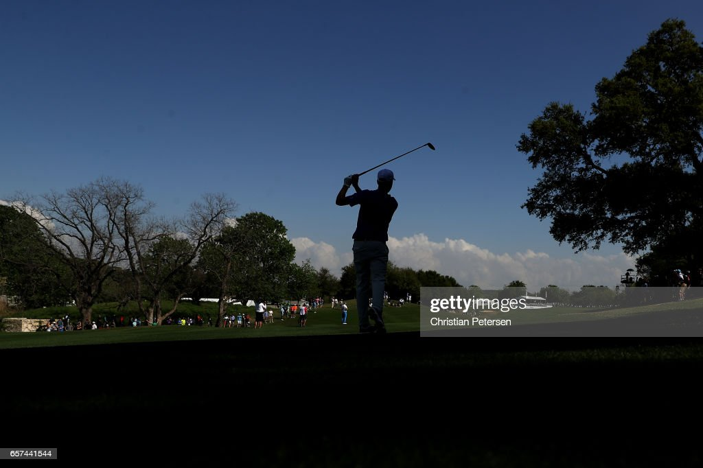 Webb Simpson plays a shot on the 16th hole of his match during round three of the World Golf Championships-Dell Technologies Match Play at the Austin Country Club on March 24, 2017 in Austin, Texas.