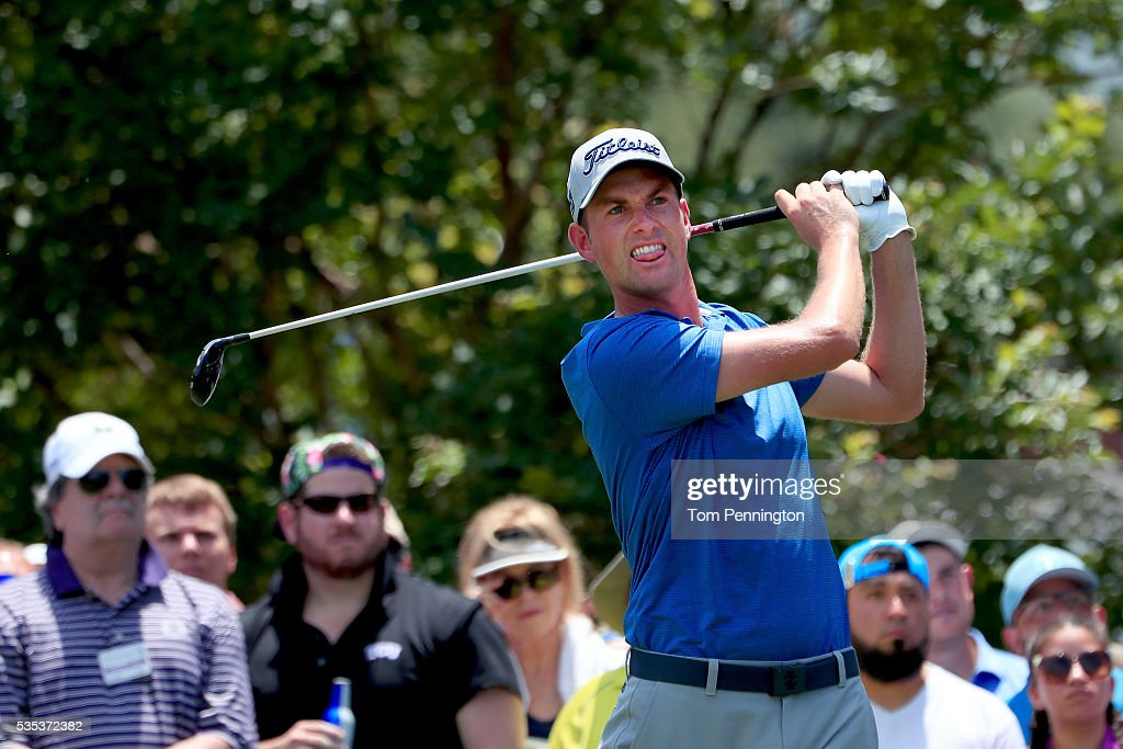<a gi-track='captionPersonalityLinkClicked' href=/galleries/search?phrase=Webb+Simpson&family=editorial&specificpeople=4466575 ng-click='$event.stopPropagation()'>Webb Simpson</a> plays his shot from the seventh tee during the Final Round of the DEAN & DELUCA Invitational at Colonial Country Club on May 29, 2016 in Fort Worth, Texas.