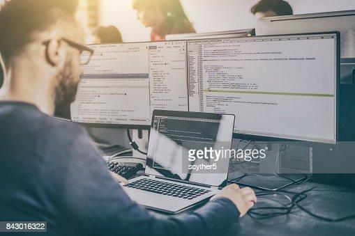 Website-Design. Entwicklung von Programmiersprachen und Codierung. : Stock-Foto