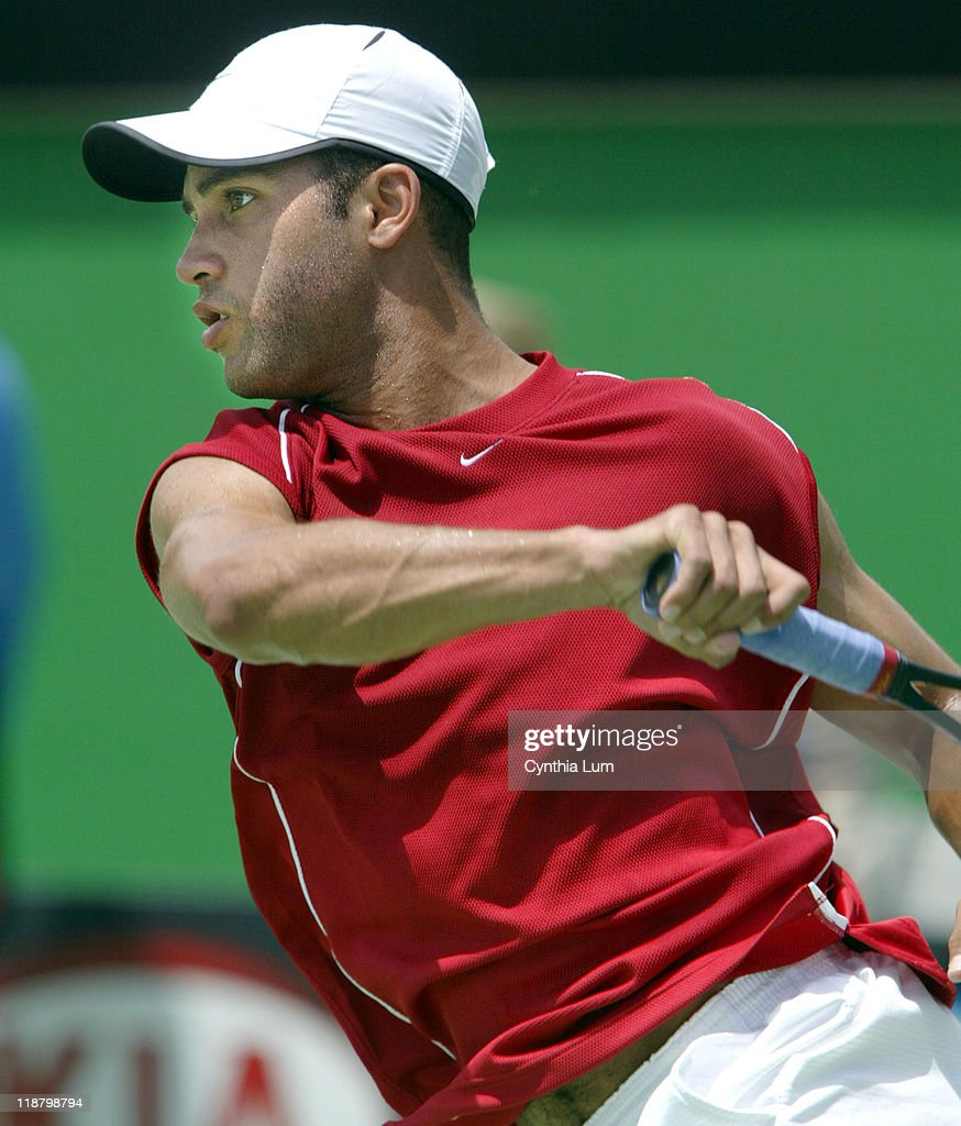 2004 Australian Open - Men's Singles - Second Round - James Blake vs Nicolas