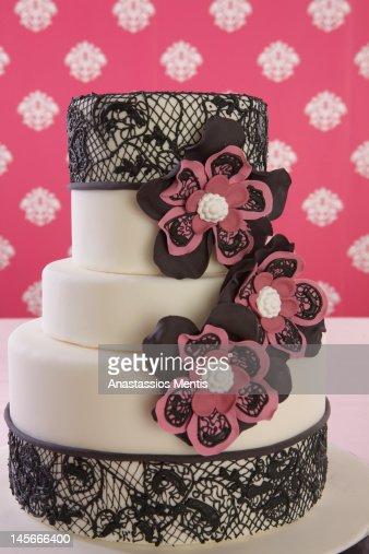 wedding cake with flower decoration : Stock Photo
