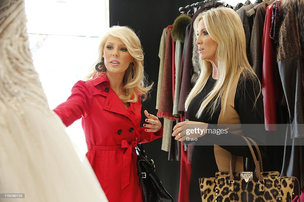 COUNTY-- 'Wedding Dress Stress' Episode 813 -- Pictured: (l-r) Gretchen Rossi, Lauri Waring Peterson --