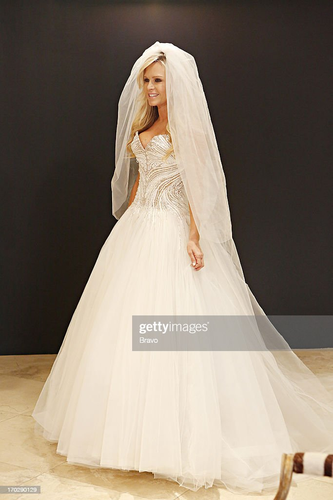 COUNTY-- 'Wedding Dress Stress' Episode 813 -- Pictured: Tamra Barney --