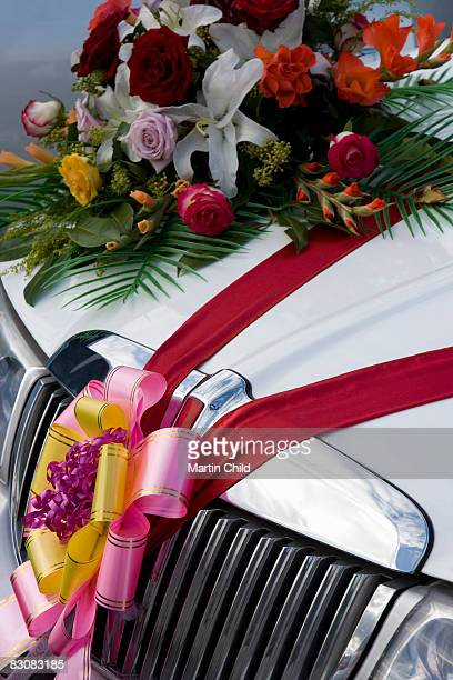 Wedding limmo decorated with flowers