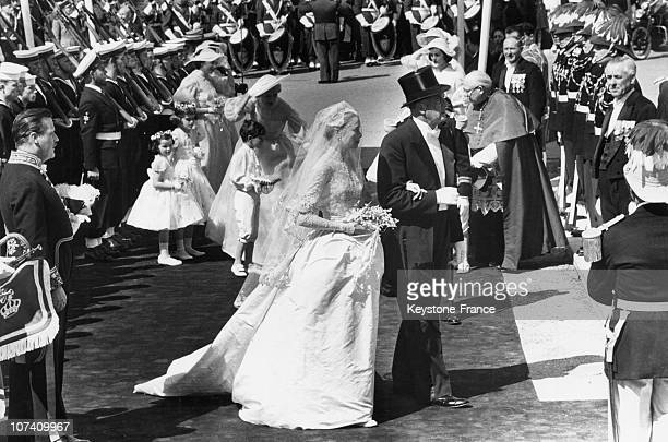Wedding Of Grace Kelly And Prince Rainier Of Monaco Celebrated In Monaco'S Cathedral Grace Kelly With Her Father John Kelly On April 19Th 1956