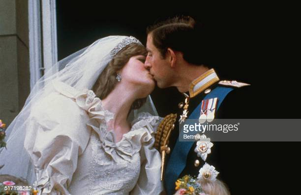 Wedding of Prince Charles and Lady Diana Spencer Shows the famous kiss on the balcony of Buckingham Palace after ceremony