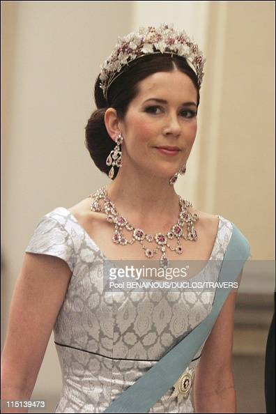 Wedding of Prince Frederik and Mary Elisabeth Donaldson dinner in Christianborg palace in Copenhagen Denmark on May 11 2004 Mary Elisabeth Donaldson