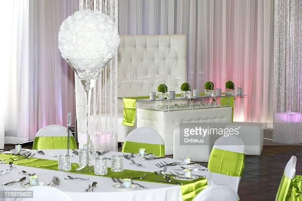 Ricevimento di nozze decorazioni, tavoli e sedie