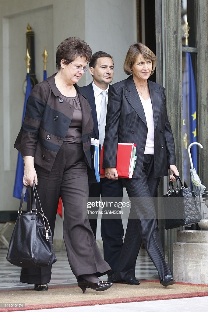 Weekly Ministers' Council at the Elysee Palace in Paris, France on October 22nd, 2008 - <a gi-track='captionPersonalityLinkClicked' href=/galleries/search?phrase=Christine+Boutin&family=editorial&specificpeople=4055950 ng-click='$event.stopPropagation()'>Christine Boutin</a>, minister for Housing and Urban Affairs, <a gi-track='captionPersonalityLinkClicked' href=/galleries/search?phrase=Christine+Albanel&family=editorial&specificpeople=2645951 ng-click='$event.stopPropagation()'>Christine Albanel</a>, Culture minister, and <a gi-track='captionPersonalityLinkClicked' href=/galleries/search?phrase=Eric+Besson&family=editorial&specificpeople=4205192 ng-click='$event.stopPropagation()'>Eric Besson</a> (Back), State Secretary in charge of Forward Planning, A
