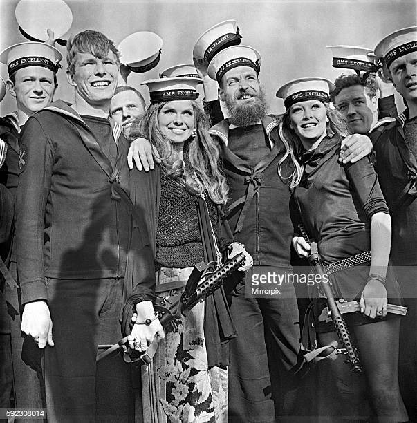 http://media.gettyimages.com/photos/welcome-visitors-at-the-royal-navy-gunnery-school-hms-excellence-at-picture-id592308014?s=612x612