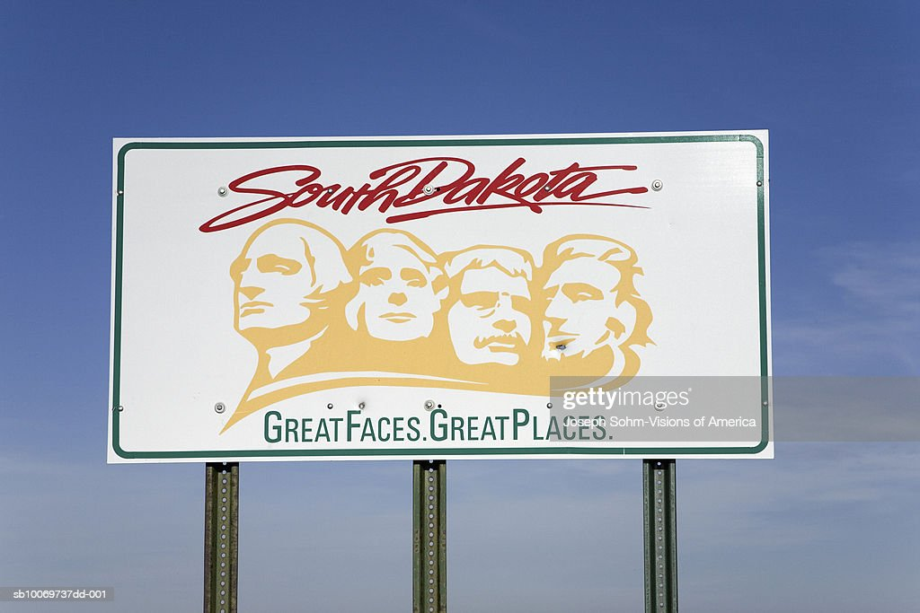 Welcoming sign to South Dakota : Stock Photo