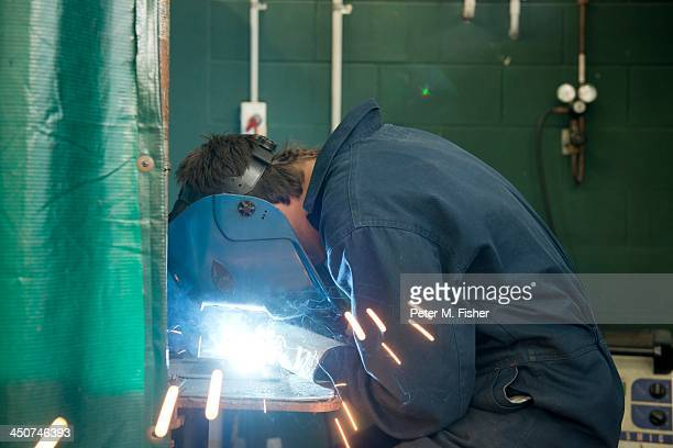 Welder using welding machine