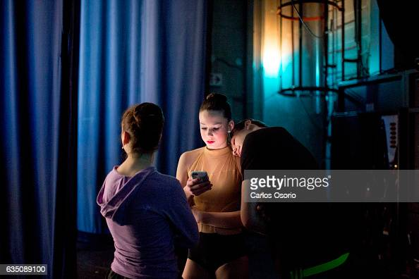 TORONTO ON FEBRUARY Well before auditioning Landrie Adams an 11yearold from Michigan checked her phone and hung out with friends backstage On ballet...