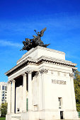 Quadriga placed upon Wellington Arch (Constitution Arch) 1826-1830, replaced a figure of Wellington in 1912 and depicts the angel of peace descending on the chariot of war, London, England, UK