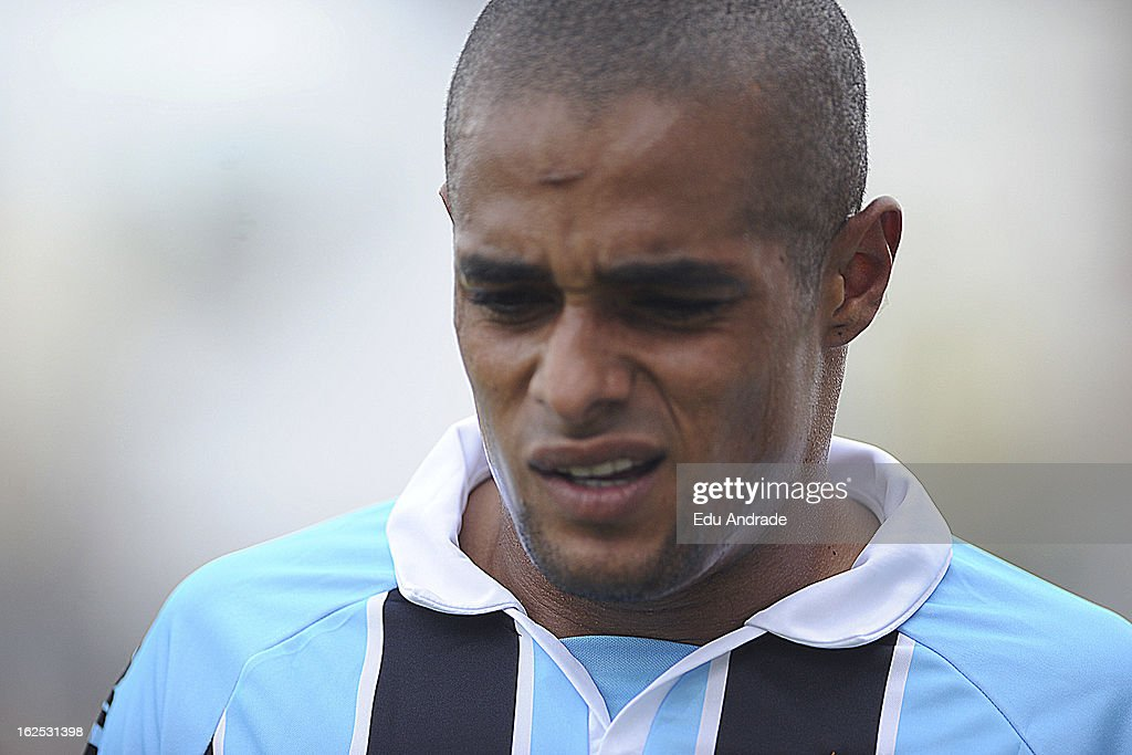 Welliton of Gremio during a match between Gremio and Internacional as part of the Gaucho championship at Centenario stadium on February 24, 2013 in Caixas Do Sul, Brazil.