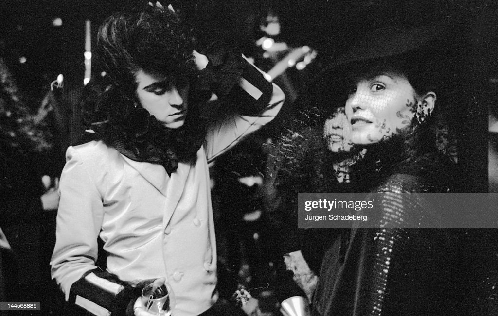 Welsh pop singer <a gi-track='captionPersonalityLinkClicked' href=/galleries/search?phrase=Steve+Strange&family=editorial&specificpeople=705333 ng-click='$event.stopPropagation()'>Steve Strange</a> at a nightclub in London, 1980.
