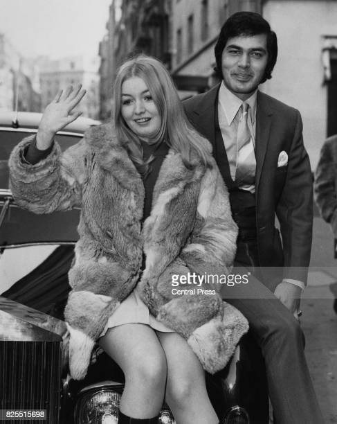 Welsh singer Mary Hopkin leaves the Westbury Hotel in London with singer Engelbert Humperdinck for a sixweek tour of Britain 7th March 1969