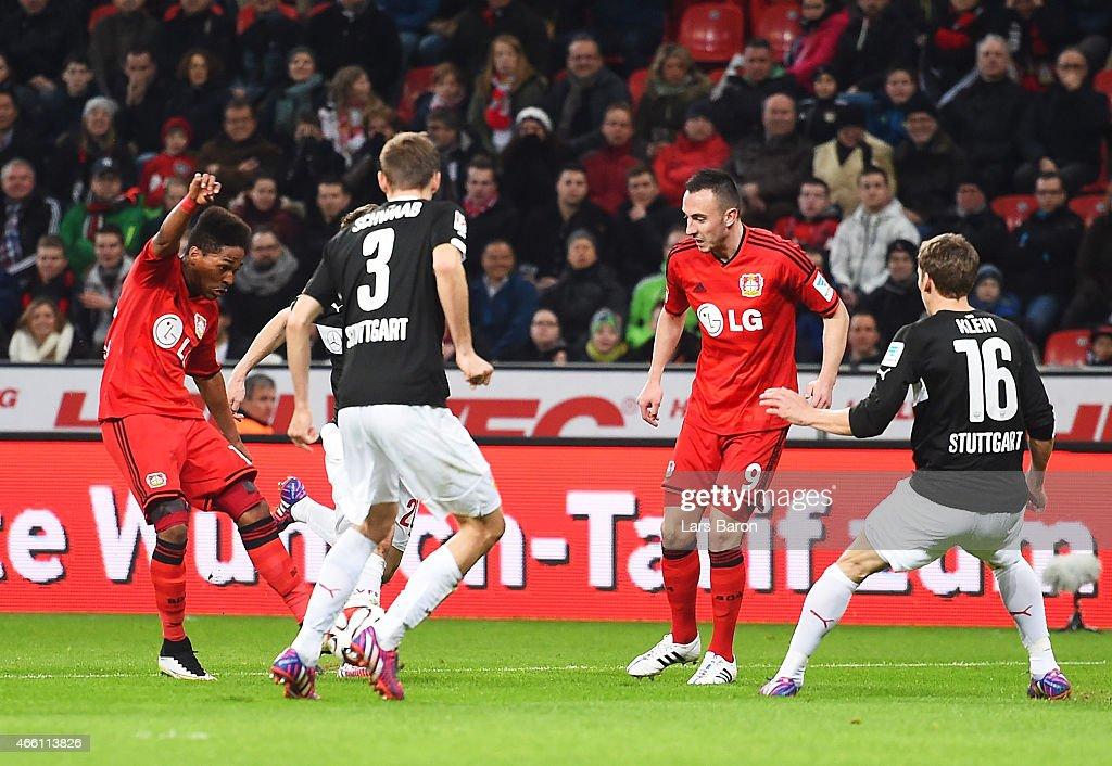Wendell of Bayer 04 Leverkusen scores the first goal during the Bundesliga match between Bayer 04 Leverkusen and VfB Stuttgart at BayArena on March...